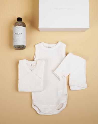 Babypakket crème maat 56